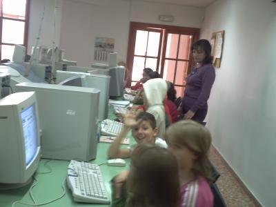 Sesión de Aprende en la Biblioteca