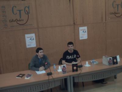 Roberto Malo presentó sus libros